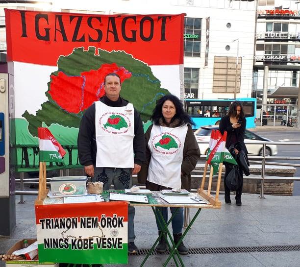 A Trianon felülvizsgálatáért folytatott aláírásgyűjtésünk visszatért az Örs vezér térre